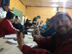 Manuel Pérez Acosta entusiasmado por su primer contacto con los repuestos